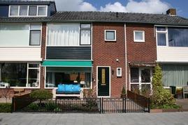 Foto's van Huizen en straten uit Maasland - Te Koop: tussenwoning in Maasland. Voor info: 06-53 57 57 82