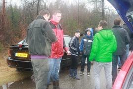 Foto's van Bos uit Ommen - Scouting azoelen Boomjes trekken in het eerderbos 10 maart 2013