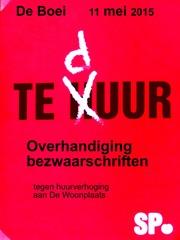 Foto's van Nieuws uit Enschede - SP overhandigt bezwaarschriften aan de Woonplaats - De Boei Pathmos  - 11 mei 2015