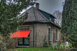 Foto's van Huizen en straten uit Enschede - Huis vliegveld - 5 december 2014