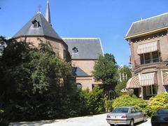 Foto's van Huizen en straten uit Warmond - Matthiaskerk, Warmond