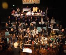 Foto's van Zanger / Zangeres uit Goes - Optreden in het Beest Big band Lier & Big band zeeuwse muzieklschool -  maart 2012