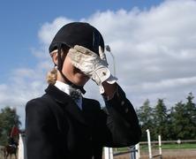 Foto's van Paardensport uit Hoevelaken - Waaghalsjes wedstrijd 12 september 2009