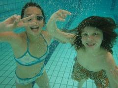 Foto's van Zwembad uit Tilburg - meivakantie 10-5-2010