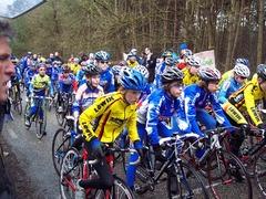 Foto's van Wielrennen uit Urk - Voorjaarscompetitie jeugd 2010 Hattemerbroek