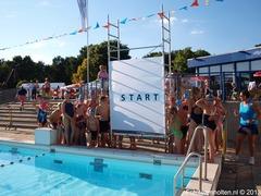 Foto's van Zwembad uit Holten - 37e keer Zwemvierdaagse Rijssen Geopend Door Frank Rijk