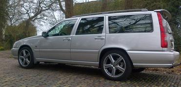 Foto's van Volvo uit Enschede - V70