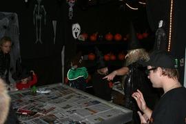 Foto's van  uit Wateringen - Bloemenshop pemoni halloween 2012