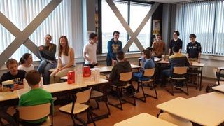 Foto's van School uit Berkel en Rodenrijs - Boekenmarkt Wolfert Lyceum 3 havo en 3 vwo