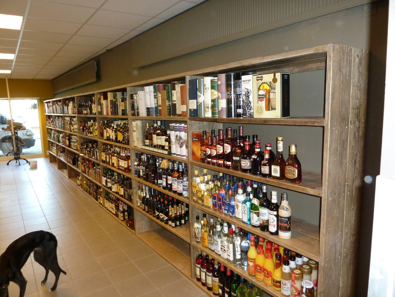 Steigerhouten Winkelinrichting Tafel Meubels Lounge Hoek Bank Bed kast tv meubels en Hoogslapers