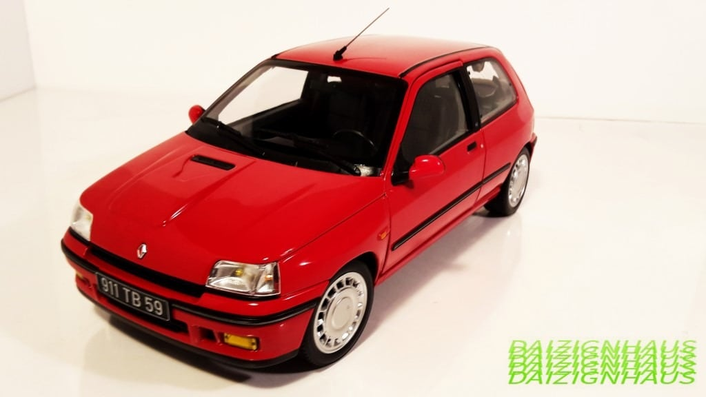 1 18 renault clio 16s in france 16v in the rest of europe by norev dx sedan coupe. Black Bedroom Furniture Sets. Home Design Ideas