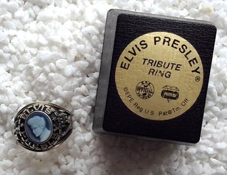 Tribute (zegel) ring met afbeelding van Elvis Presley