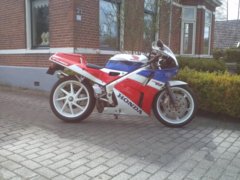 http://www.mijnalbum.nl/GroteFoto-W8AO7SBL.jpg