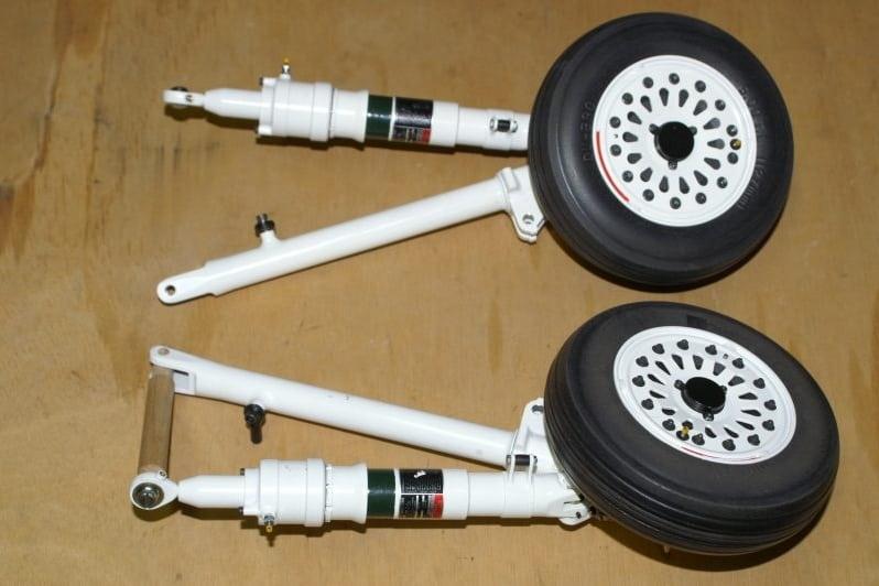 F16 Main gear