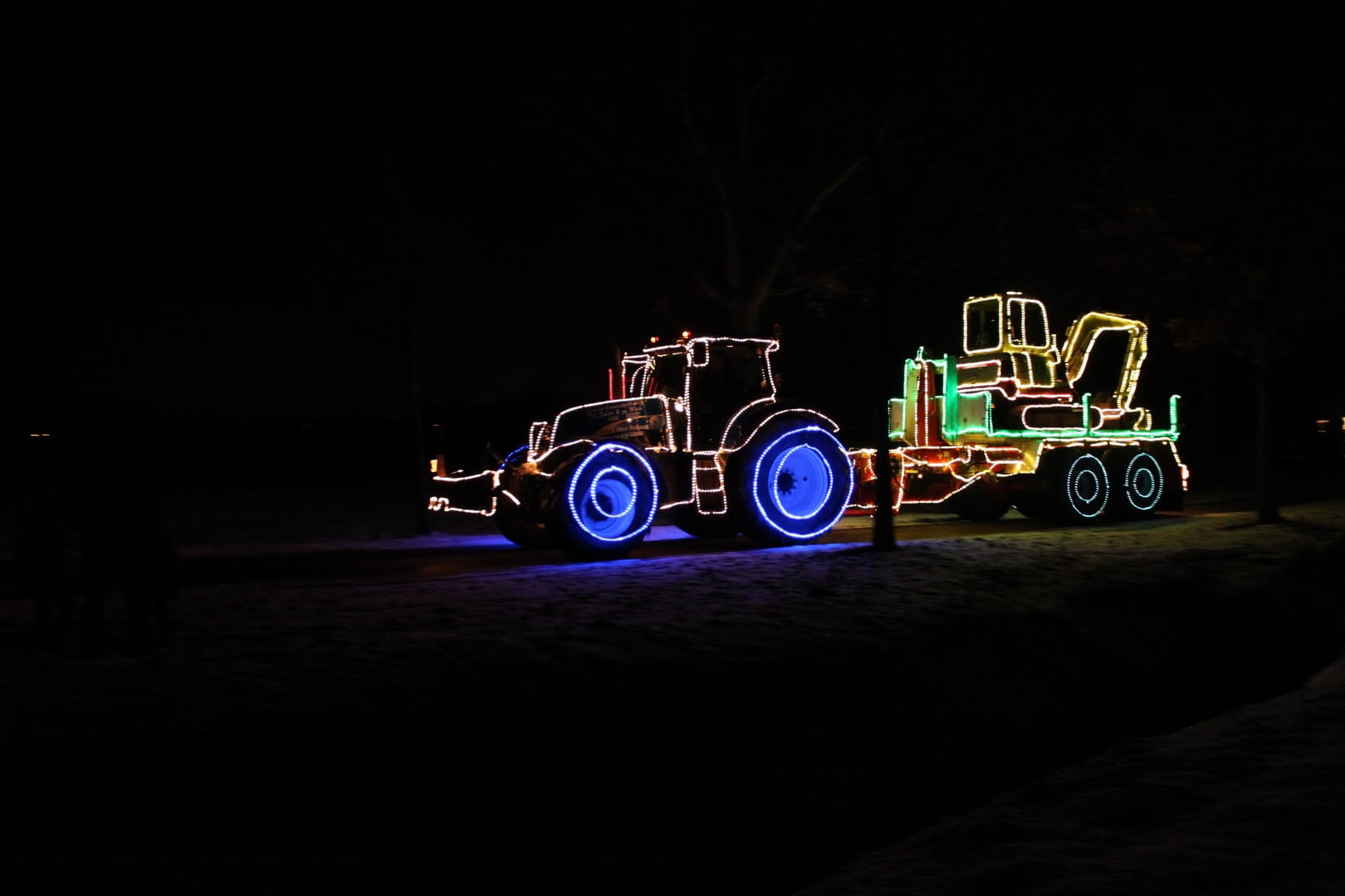 Tractors by night 2017 for Tractor verlichting