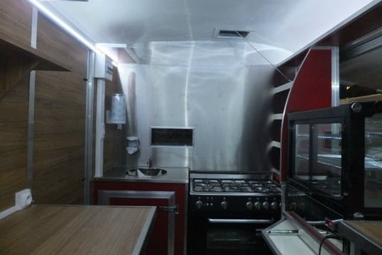 Transformation d'un HY Camping Car en Truck Food GroteFoto-KJLCP3WA