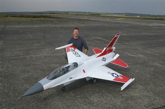 F16B Dual