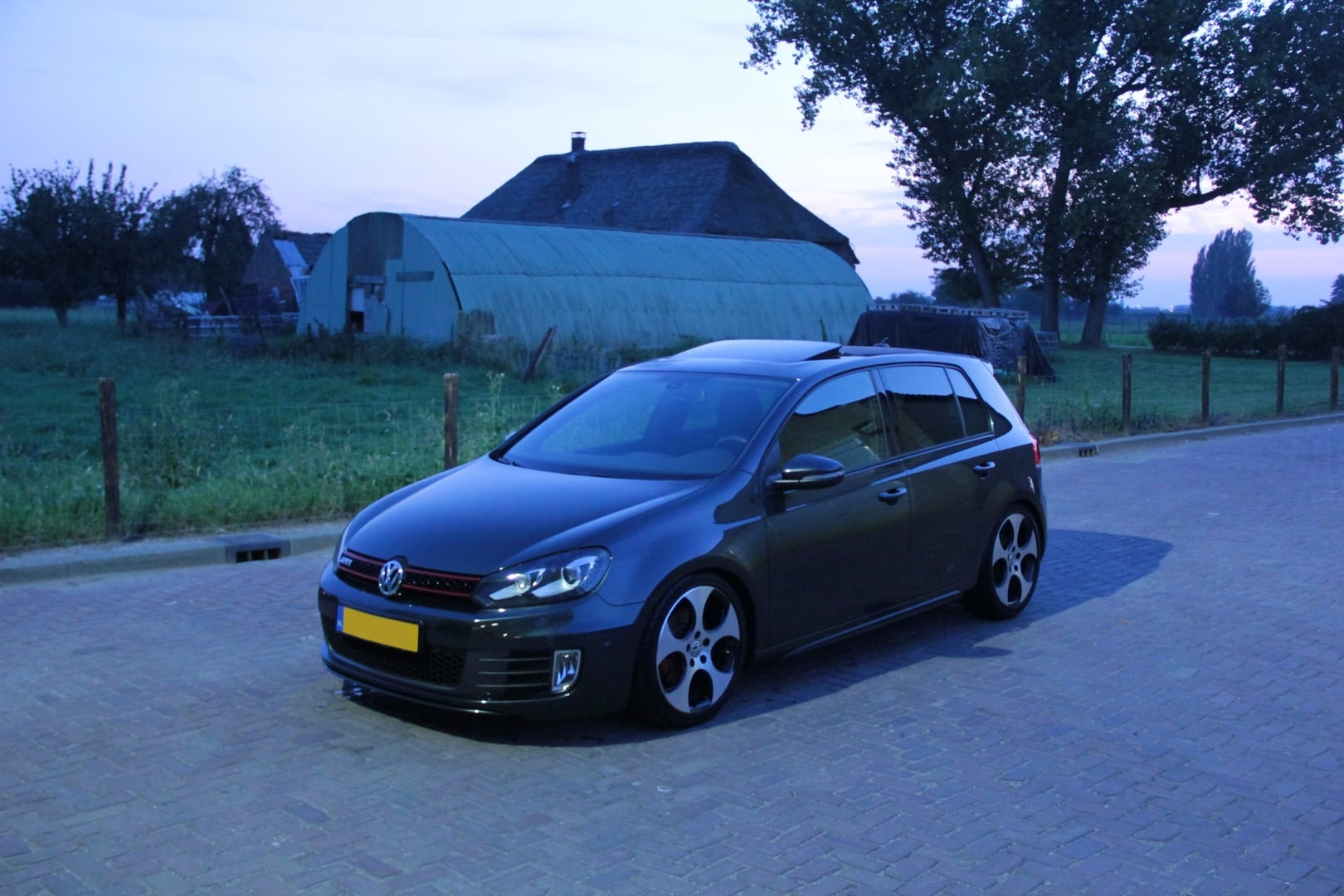 golf 6 gti verlagen golf gti forum. Black Bedroom Furniture Sets. Home Design Ideas