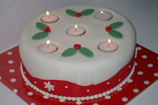 Bougie de Noël et bougie d'anniversaire Foto-OMFTTJJX