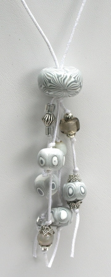 pendentif sautoir blanc