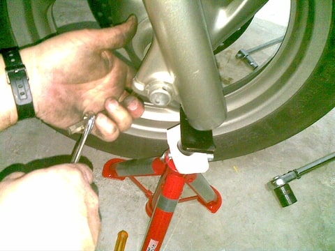 Front axle wont come out. Foto-GMRRY4SL-D