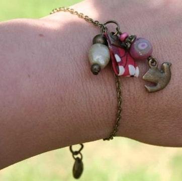 Boucles et bracelets dans Boucles d'oreilles Photo-TGI7YPFC-D