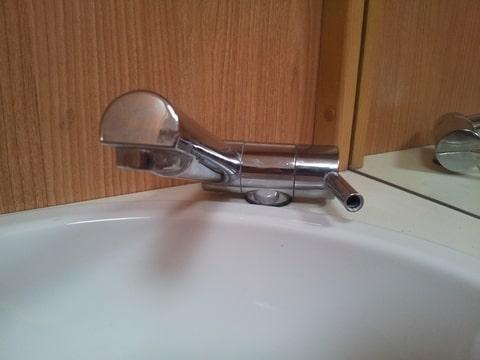 Badkamer Kraan Vervangen : Kraan badkamer werkt niet goed caravan forum