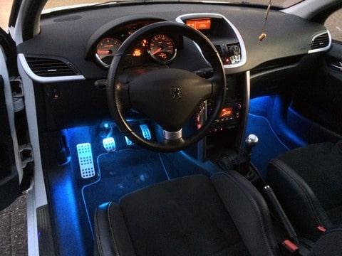 Peugeot 207 le mans pollielemans peugeot meeting for Auto interieur verlichting