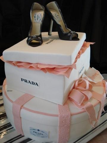 prada taart Bruidstaart, prada en aadje piraatje (Pagina 1)   Bruids  en  prada taart