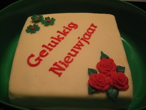 nieuw jaar taart snel taartje voor collega's voor nieuwjaar goed in te luiden  nieuw jaar taart