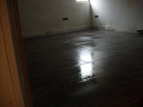 Logeerkamer vloer en vloerverwarming
