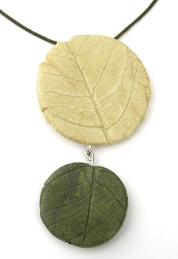 pendentif feuilles
