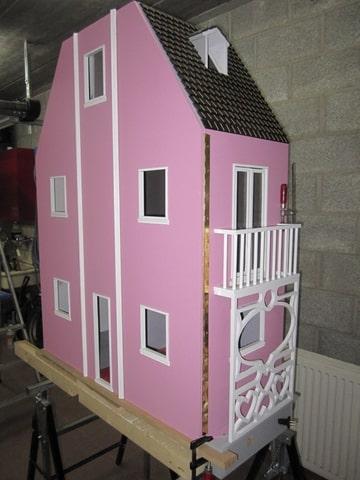 comment construire une maison de barbie ventana blog. Black Bedroom Furniture Sets. Home Design Ideas