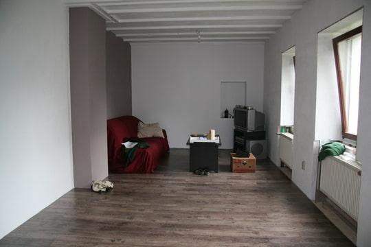Interieurtips hoe ziet jouw leefruimte eruit deel 5 - Kleur die past bij de grijze ...
