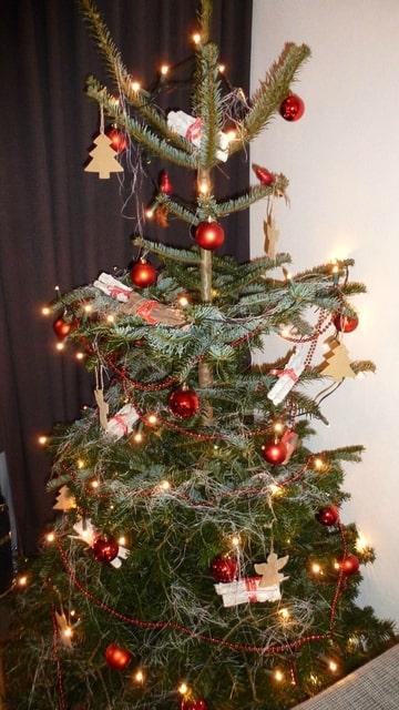 Wanneer Komt Je Kerstboom Weer In Huis Bokt Nl