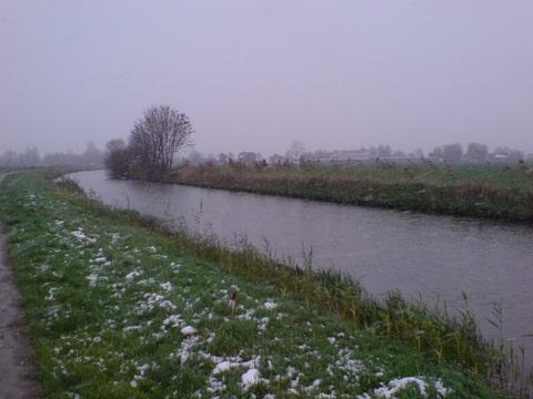 Sneeuw aan de Linge