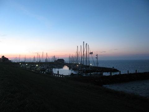 110km: Tour de l'île de Goere-Overflakkee(NL): 26-27/08/2011 Foto-M7TDMF8D