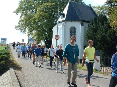 160km Nimègue - Rotterdam (NL): 17-18 septembre 2011 Foto-KZH33U44