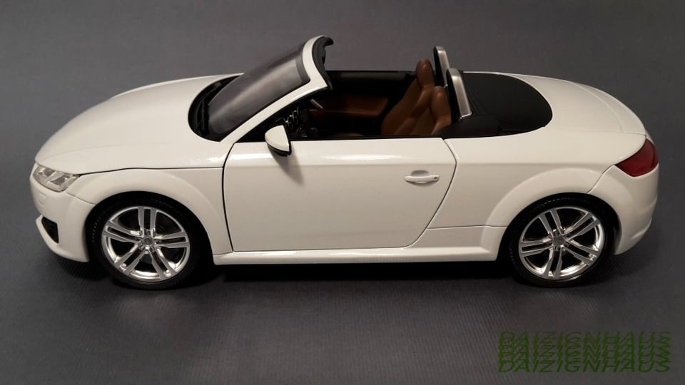1 18 audi tt cabrio quattro by pma minichamps dealer edition audi volkswagen. Black Bedroom Furniture Sets. Home Design Ideas