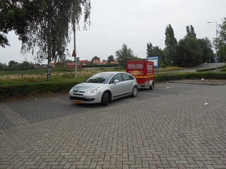 Parkeren In Voortuin : Aso parkeren autoweek